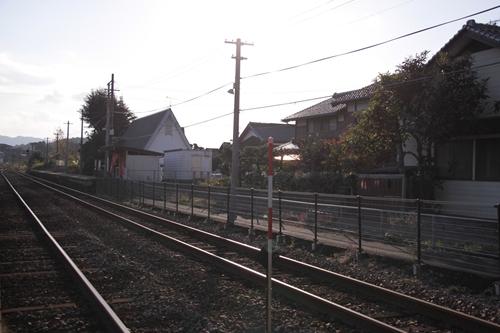 丹後神野駅1番線ホーム全景