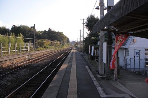丹後神野駅1番線ホーム豊岡方面