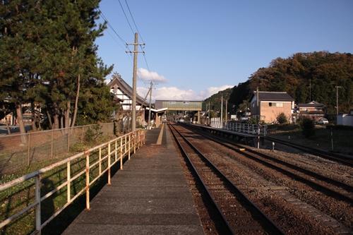 久美浜駅1番線ホーム西舞鶴方面