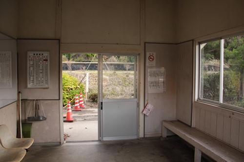 丹波三江駅駅舎内