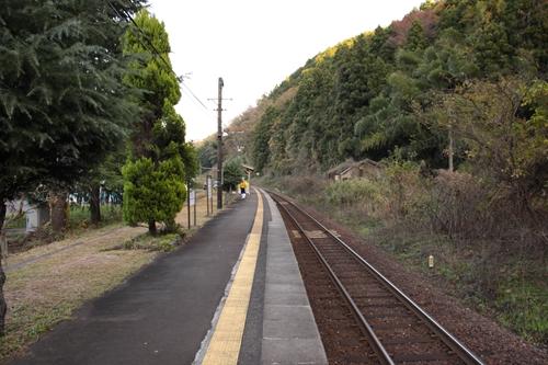 丹波三江駅ホーム西舞鶴方面