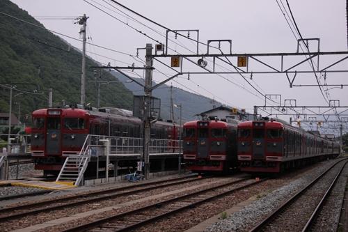戸倉駅留置車両