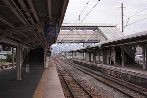 戸倉駅跨線橋