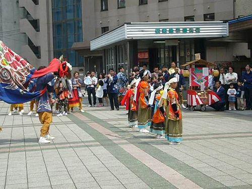 H210503高岡獅子舞競演会渋江獅子方駅前1