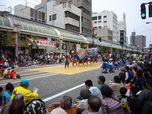 H210503高岡獅子舞競演会渋江獅子方すえひろーど2
