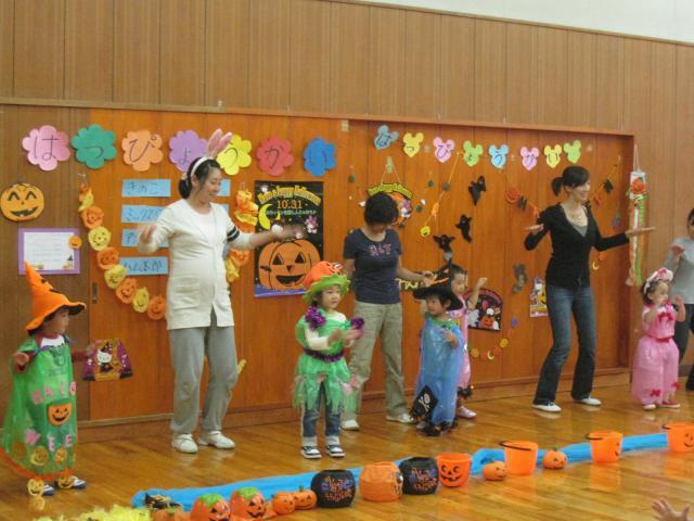 ハロウィンミッキーダンス1