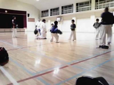karaterojfvgg.jpg