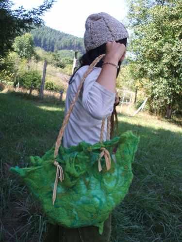 th_felt moss bag