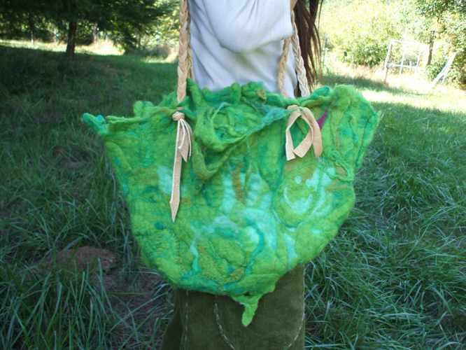 th_felt moss bag 2