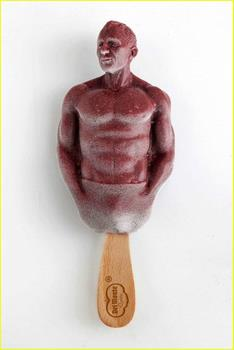daniel-craig-ice-pop-04[1]