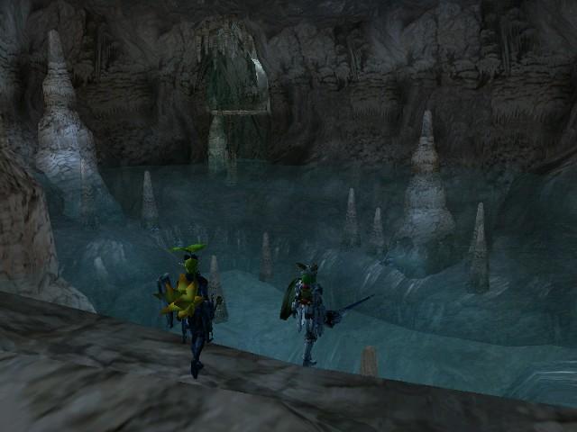 大空洞の地底湖