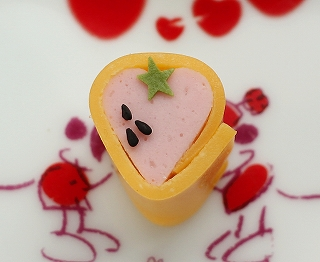 イチゴ卵巻き