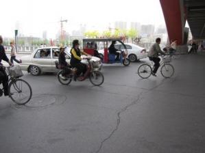 自転車が多い 交通ルールゆるい