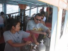 タオ島ダイビング 講習 器材セッティング