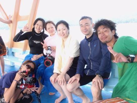 タオ島 ダイビング ボート 集合写真
