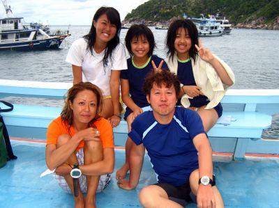 かおりちゃん、かなちゃん&パパ(タオ島 ダイビング)