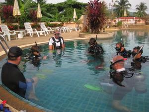 タオ島 ダイビング インストラクター試験