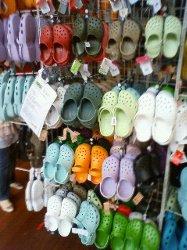 crocsお店