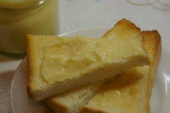 トーストとりんごバター