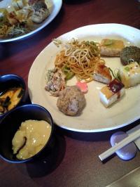 お豆腐料理のバイキング
