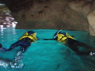 シュノーケル(青の洞窟)