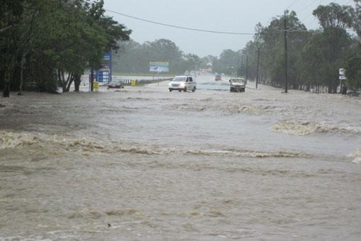 洪水tue