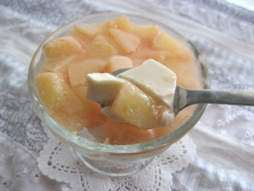 桃と紅茶の3層ゼリー3