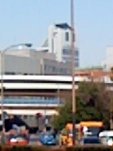 飯田橋駅前から後楽園シビック・センターを望む