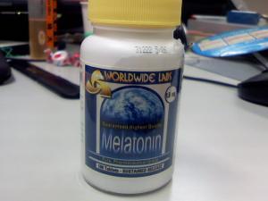 メラトニン