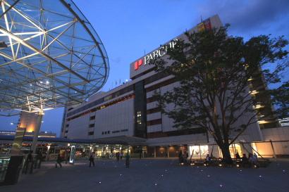 JR静岡駅北口広場-1