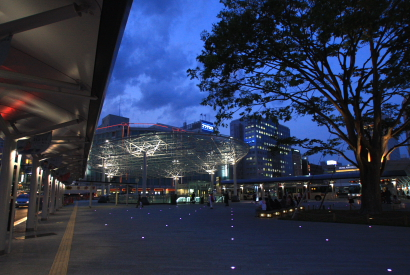 JR静岡駅北口広場-5