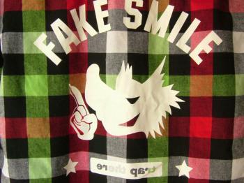 FAKE-SMILL.jpg
