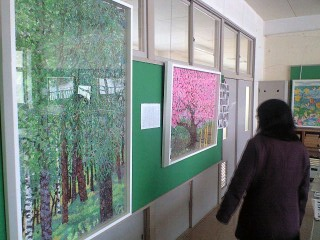 麦生小中学校閉校記念作品を見て