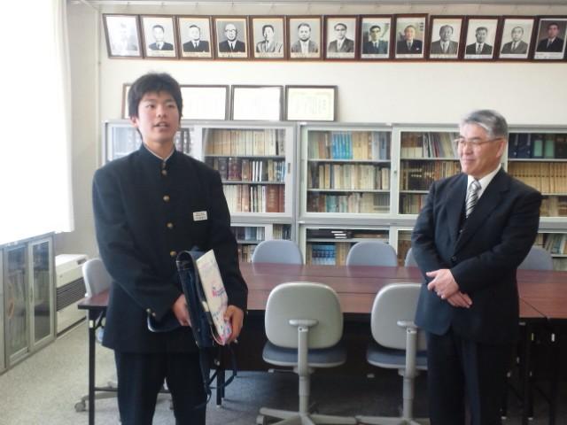 三船校長と川戸道生徒会長