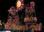 夜パレード