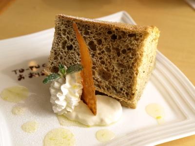 紅茶風味 豆乳のふわふわシフォンケーキ@TO-FU Cafe おおはたや