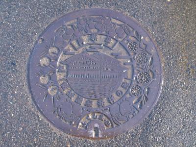 福島市飯坂町のマンホール