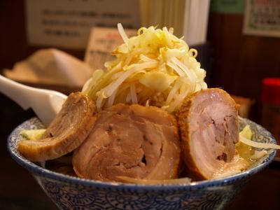 小豚ともラーメン(野菜大盛り)@麺家 大須賀