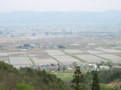 蓋沼森林公園(駐車場)より会津盆地の眺め
