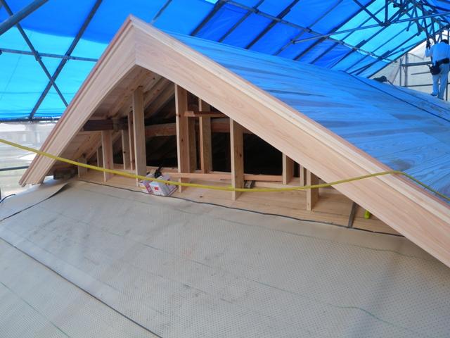屋根仕舞い1