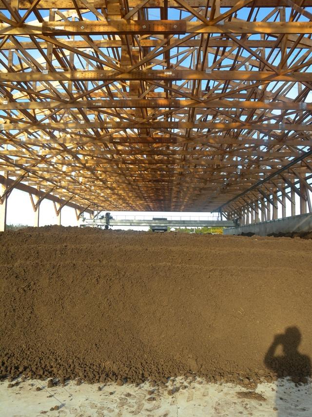 木造堆肥舎