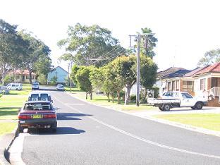 小道穿出来后往左看,看到教堂了#20040;?