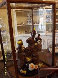 巧克力店内的巧克力#22797;活#33410;兔子