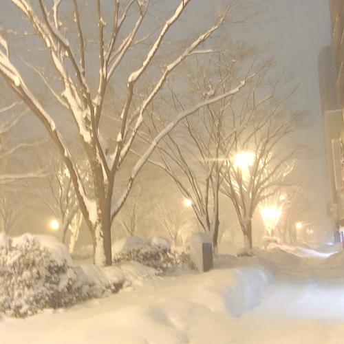 2月4日の深夜、帰り道は猛吹雪