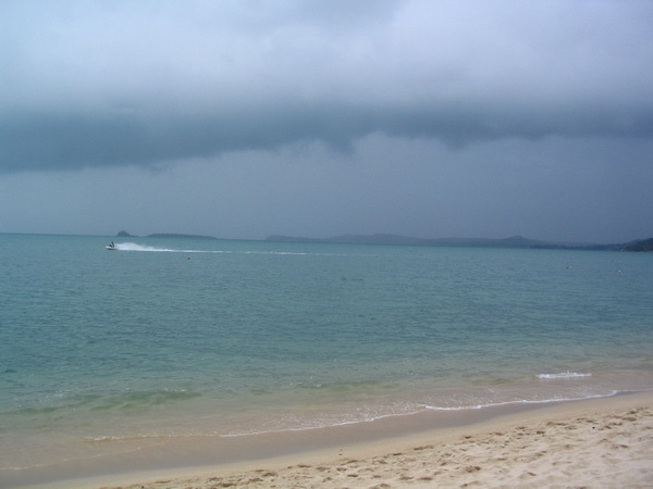 サムイ島の天気 3月8日曇り空