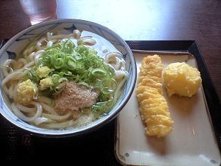 丸亀製麺所(かけ、竹輪天、玉子天)