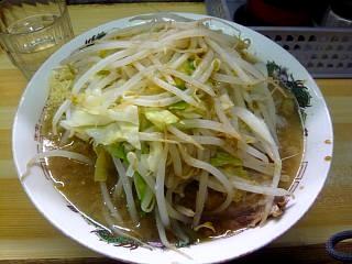 品川二郎(小豚上から)