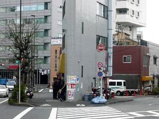 ラーメン二郎三田本店(外観)