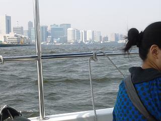 東京湾(荒れる海)