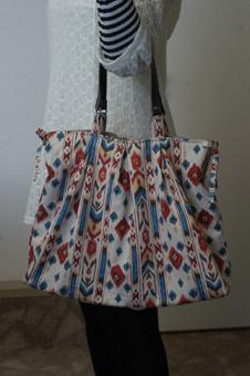 bag2009325-1.jpg